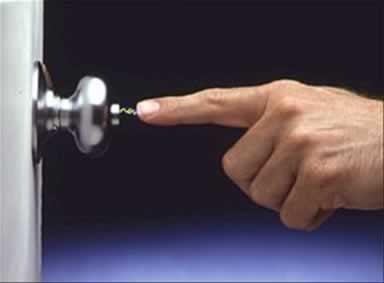 Como evitar los calambres por electricidad estatica