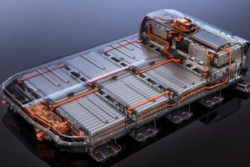 cambiar bateria de un coche